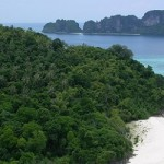Moskito Island - Popular stop over during a Phi Phi Island tour