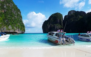Phi Phi Island Hopping Tours
