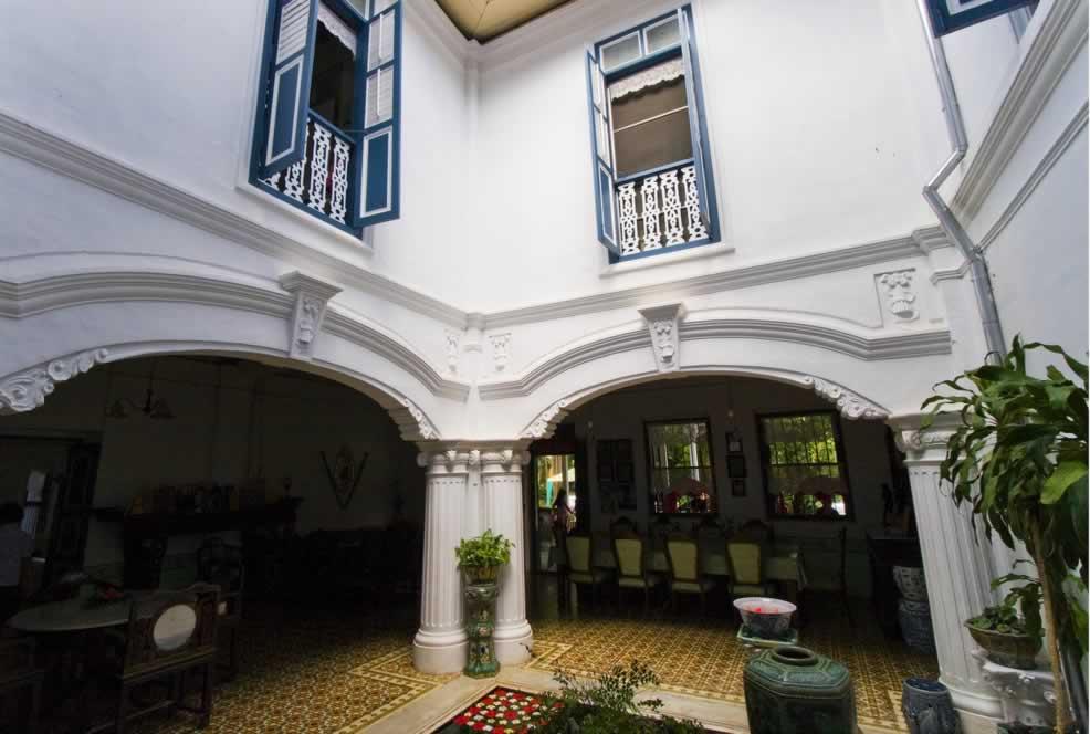 Chinpracha House Courtyard