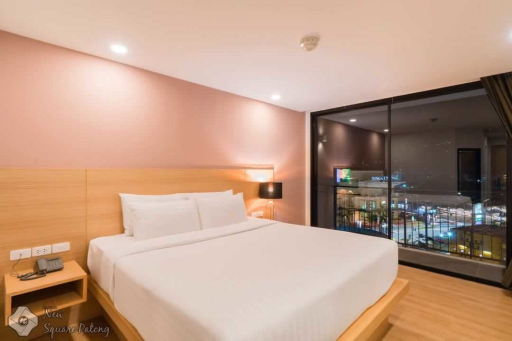 Deluxe Room - New Square Patong Hotel
