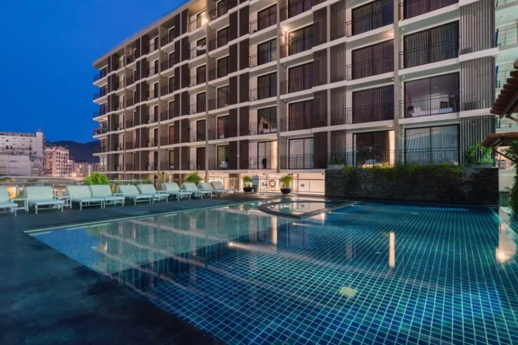 Swimming Pool - New Square Patong Hotel