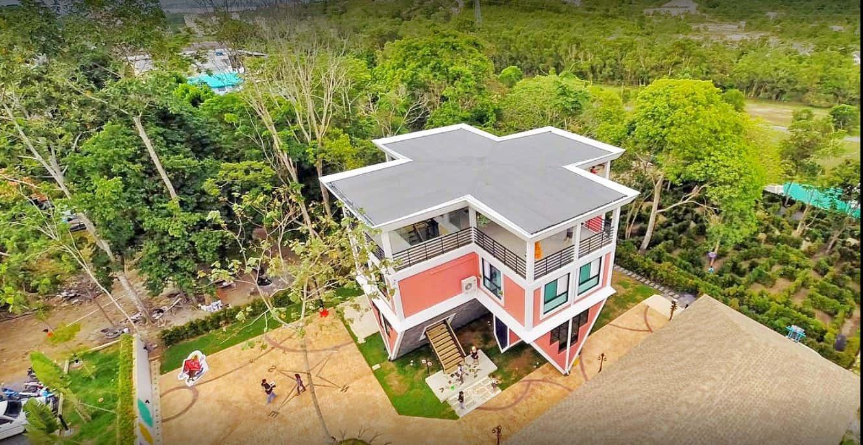Baan Teelanka - Up Side Down House
