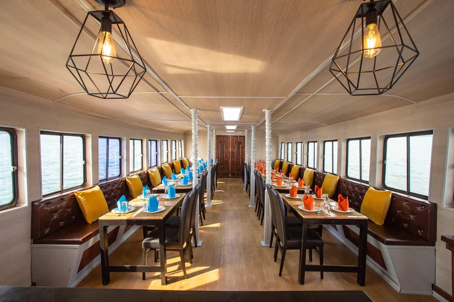 Salon - Sunset Dinner Cruise Phuket